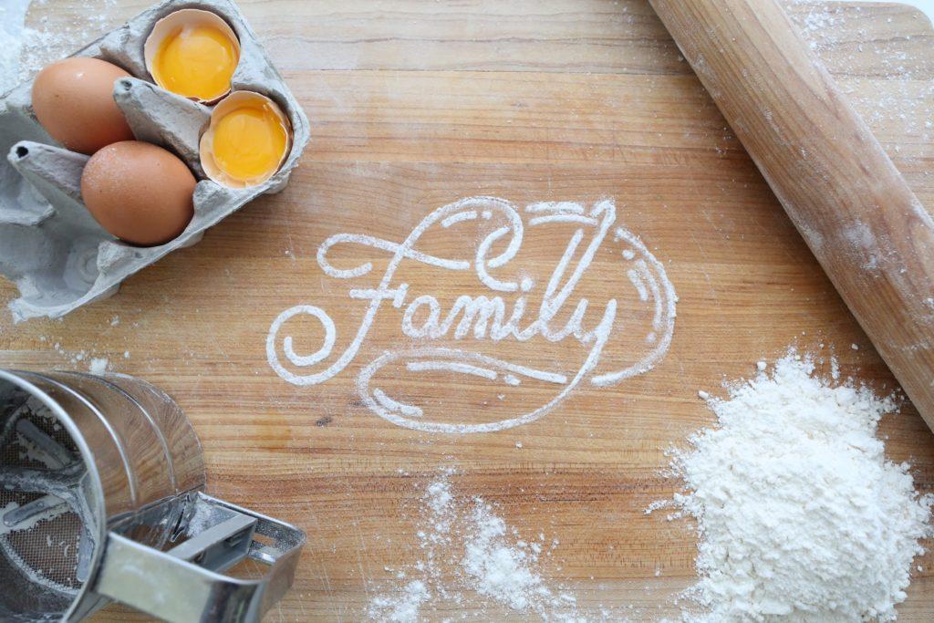 Familie mit weniger Stress leben. Eltern sein und Partner bleiben. Prioritäten im Leben setzen